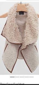 Love tree faux fur vest medium